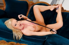Silvia Saint - Intriguing Blue Velvet (Thumb 13)